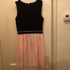 Dresses & Skirts - Fun and dressy dress size 5